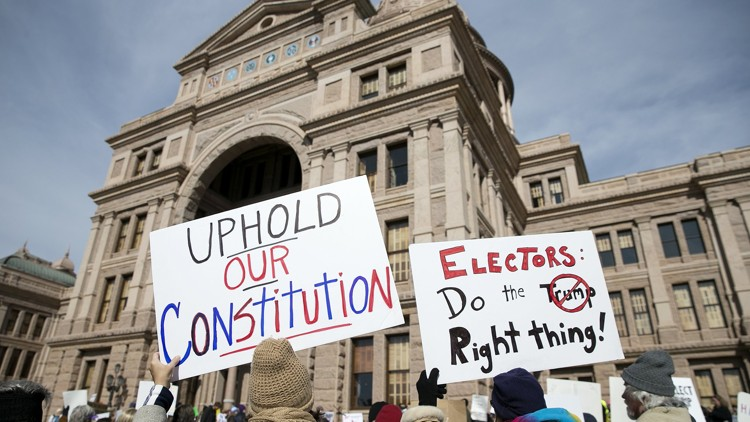 My Statesman: Suit seeks to split Texas' 38 electoral votes as part of national fight