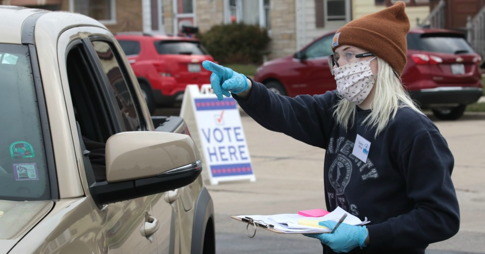 Common Dreams: 'A day that will live in infamy': This is what it looked like when Wisconsin forced in-person voting during a pandemic
